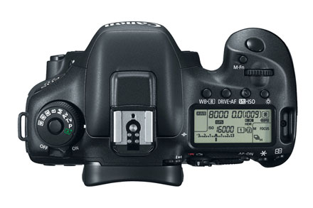 EOS 7D Mark II EF-S 18-135mm IS Refurbished view 4