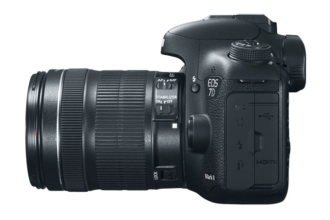 EOS 7D Mark II EF-S 18-135mm IS Refurbished view 6
