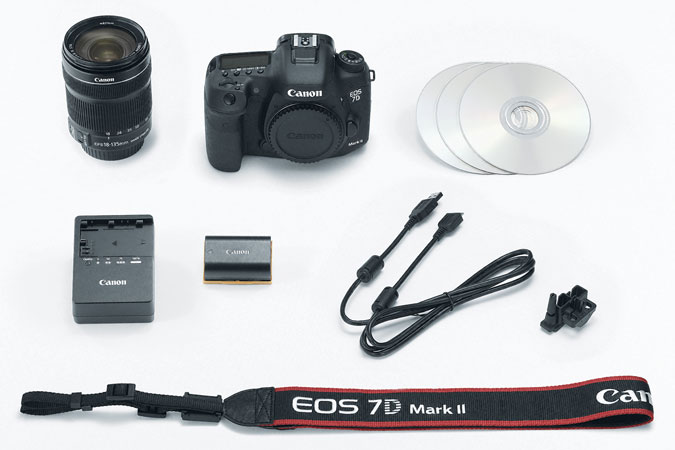 EOS 7D Mark II EF-S 18-135mm IS Refurbished view 7